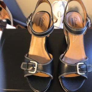 Clark's Excellent Condition! Wedge, open Toe Shoes